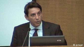 Ο Χαράλαμπος Κουταλάκης στρατηγικός αναλυτής, σύμβουλος επιχειρήσεων και ιδρυτής της συμβουλευτικής εταιρείας CK Advisory με έδρα το Βερολίνο