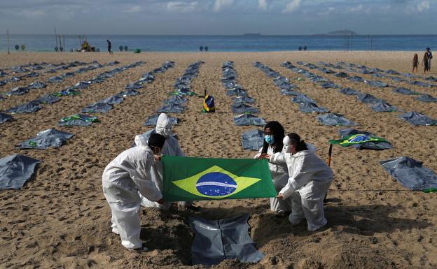 Brasil, indignado por los 400.000 muertos del Covid-19, exige respuestas a Bolsonaro | El Correo