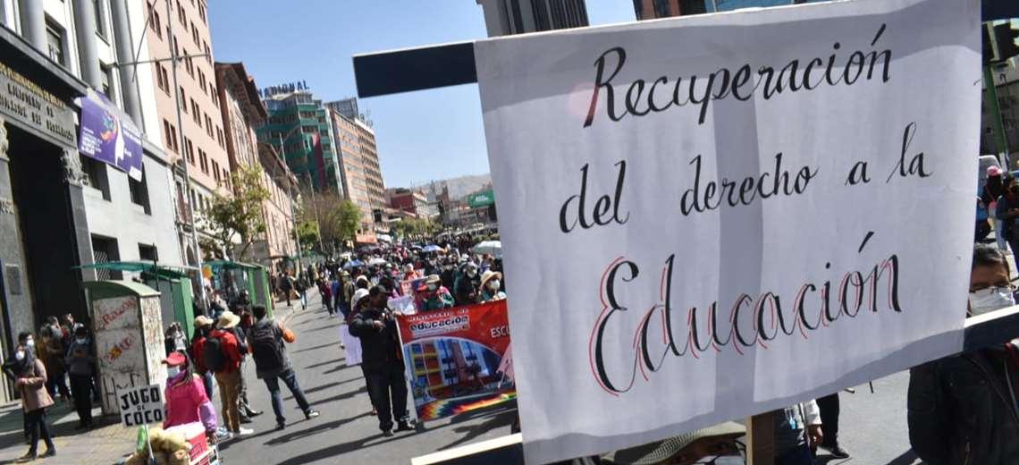 Marcha en La Paz en apoyo al ministro Adrián Quelca. Foto: APG Noticias
