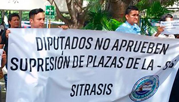 Resultado de imagen para despedidos de Casa presidencial Ejecutivo no ha presentado decreto de supresión de plazas-VerdadDigital.com-
