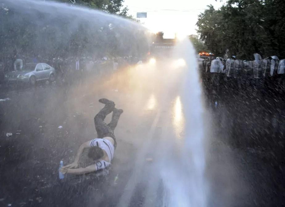 Protestas en Armenia por el alza de la electricidad
