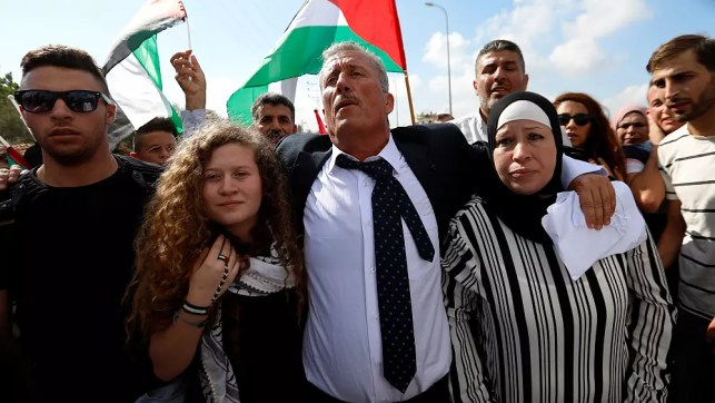 Israel frees Palestinian teen who became protest icon after viral video