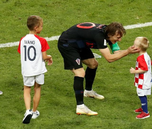 In Pictures Players Kids Hit The Pitch At World Cup