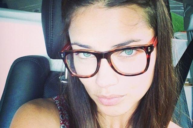 Adriana Lima senza trucco  perfetta Ecco il suo segreto FOTO