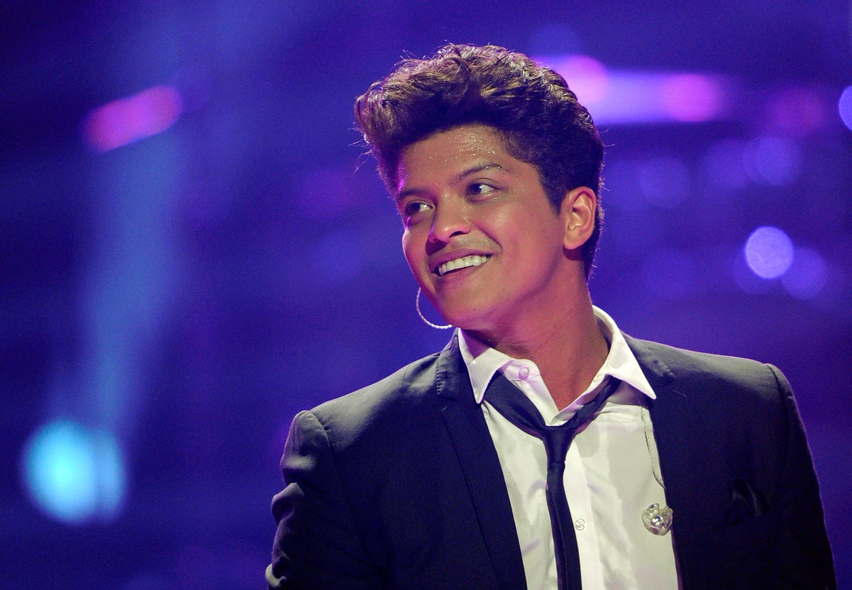 Licona Bruno Mars non si ferma  Autori Fanpage