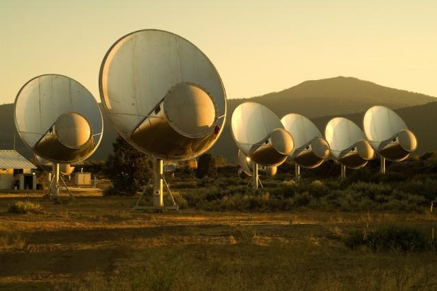 Il SETI riapre la stagione della caccia agli extraterrestri.