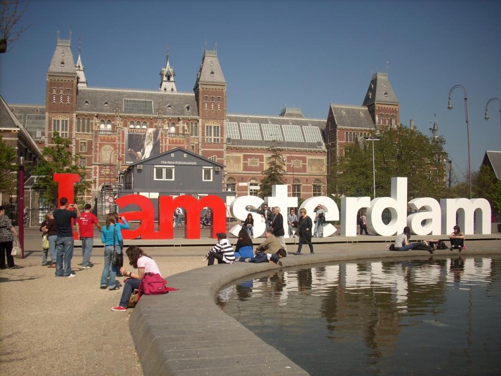 Voli per Amsterdam da Napoli tariffe low cost per lOlanda