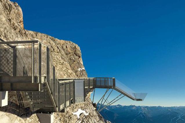 La scalinata sul nulla il ponte mozzafiato sulle Alpi austriache
