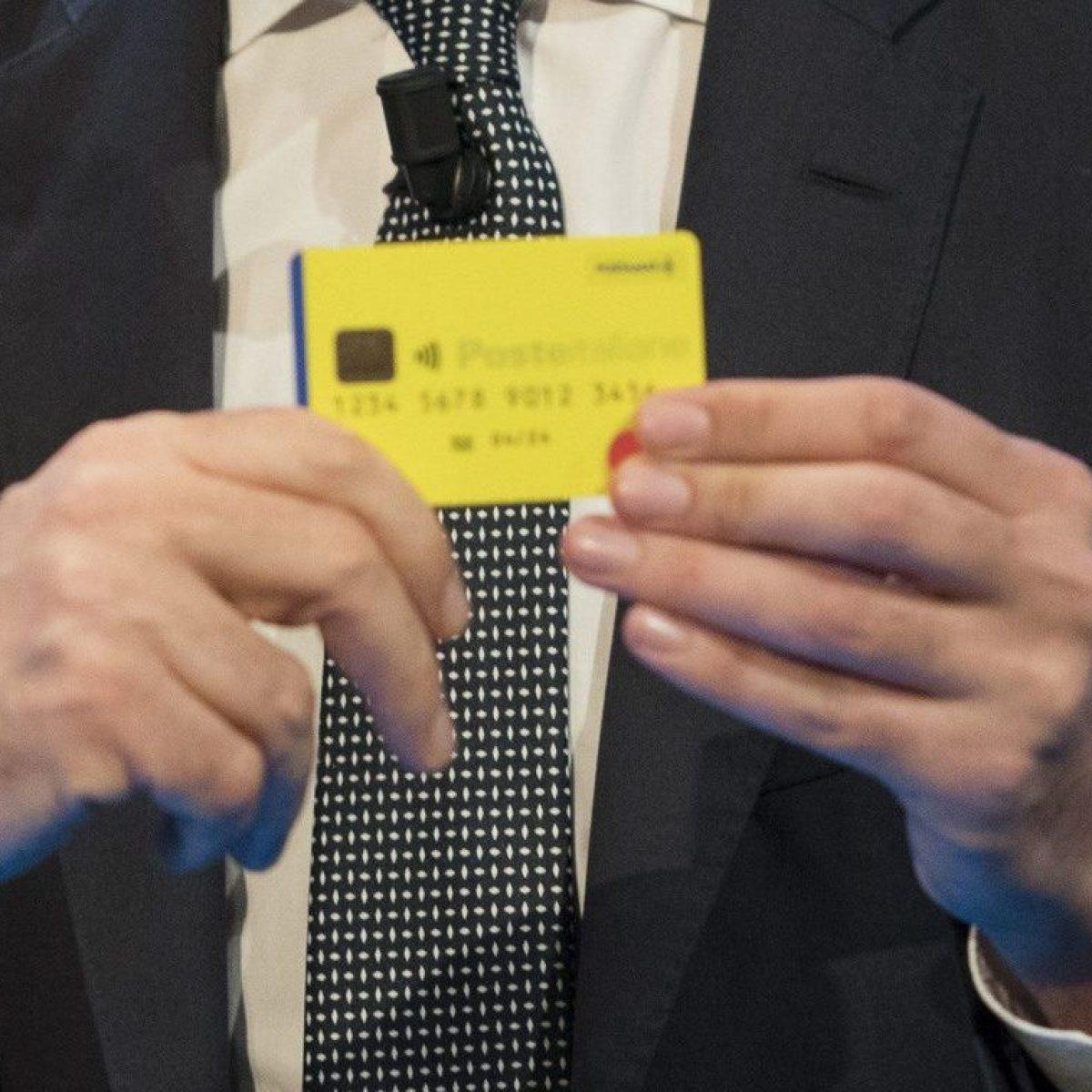 Reddito Di Cittadinanza Consegnate Le Prime Card E Il