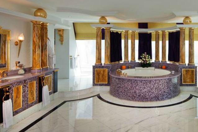 Bagni grandi come case ecco le toilette di lusso che