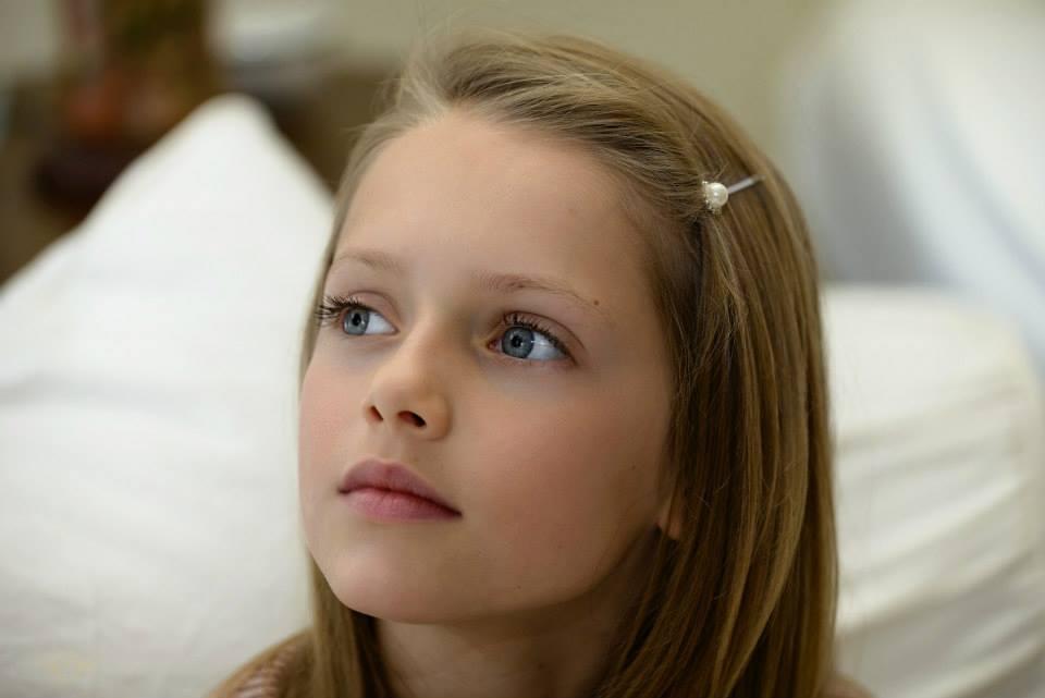 Elizabeth  la sosia di Kristina Pimenova la bambina pi
