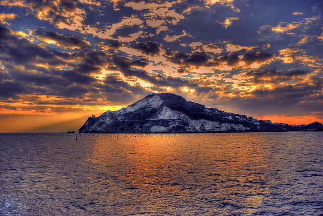 Capo Miseno e Penisola Flegrea la terrazza sul Golfo di Napoli