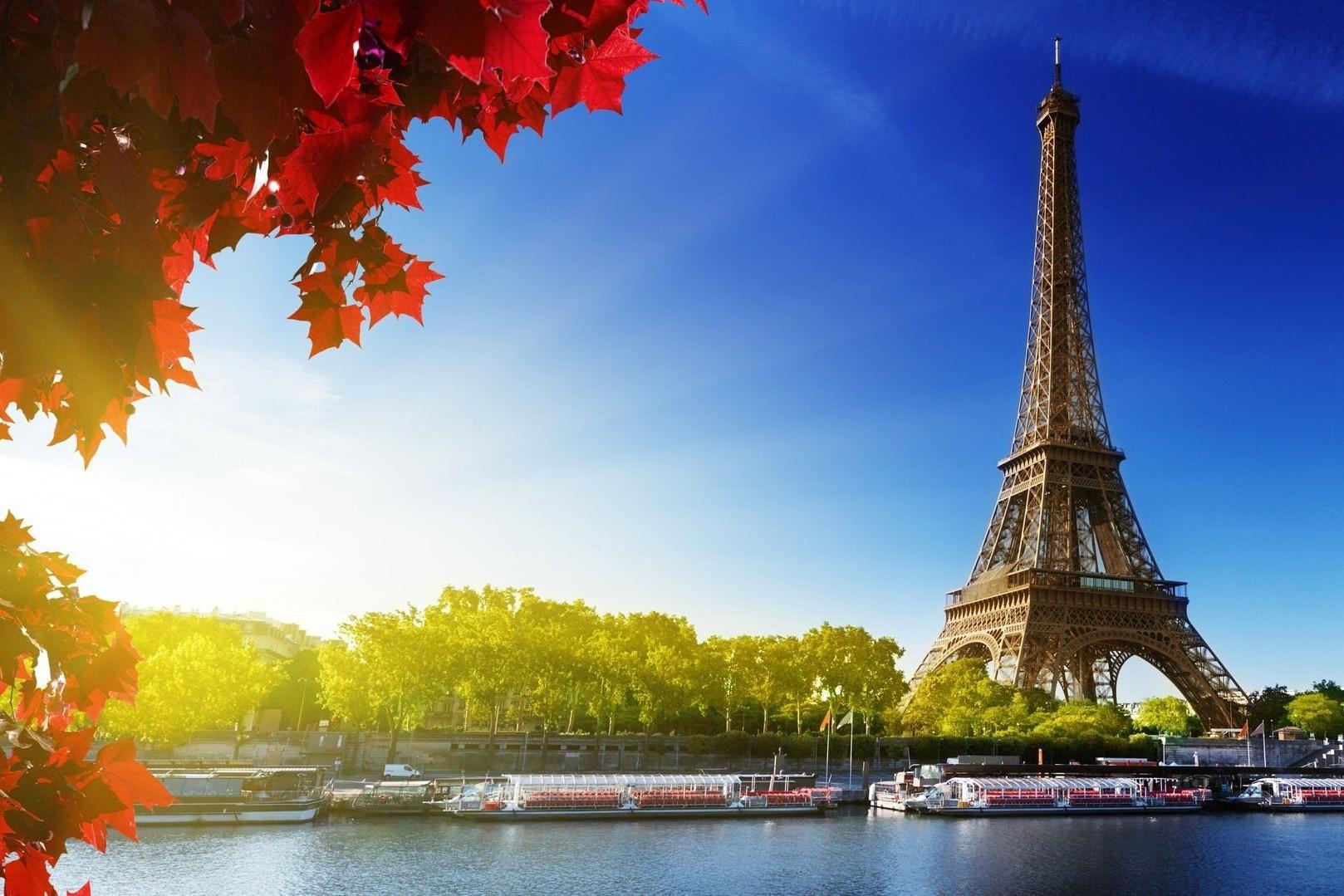 Parigi la terra che ogni volta che ci vengo mi sembra di stare in Francia  Autori Fanpage
