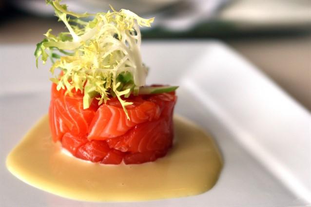 Tartare di tonno fresco la ricetta originale e le varianti