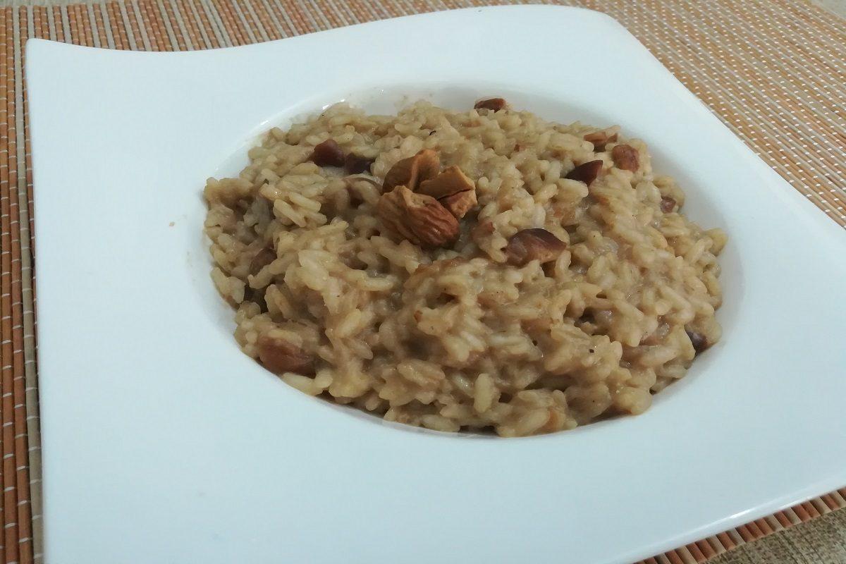 Risotto alle castagne la ricetta per preparare un primo piatto nutriente