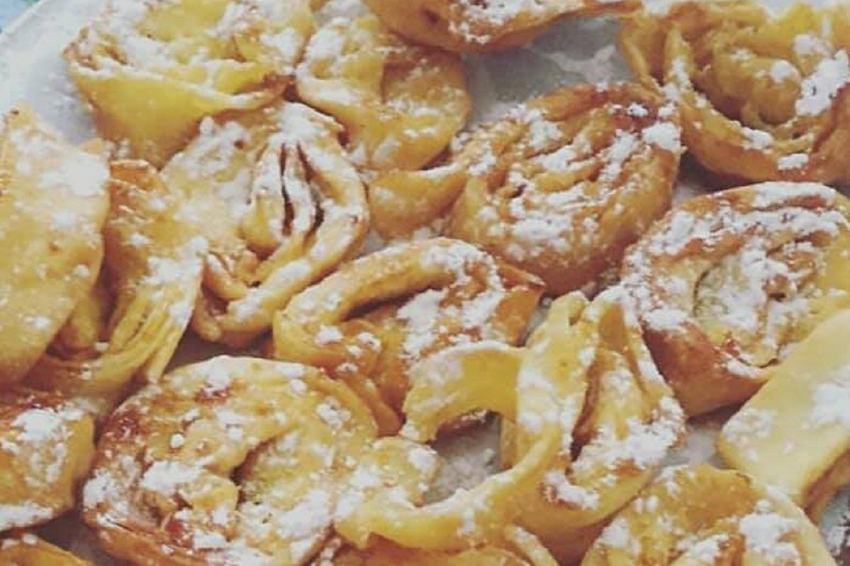 Tagliatelle dolci di Carnevale la ricetta del dolce
