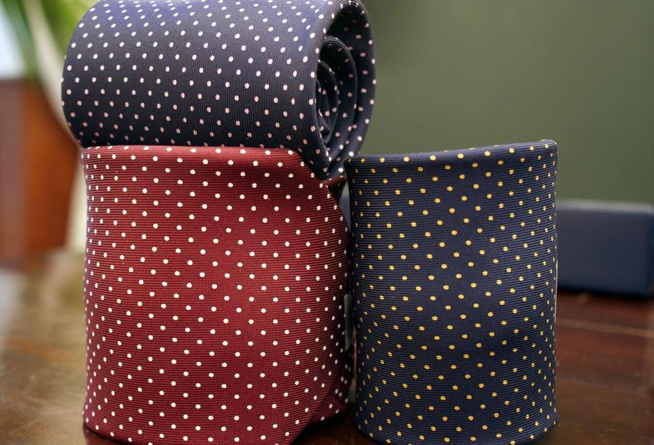 Cravatte Marinella false maxisequestro nel Napoletano