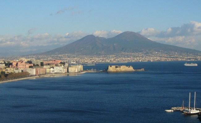 Meteo Napoli Sole E Temperature Miti Nel Weekend 6 9 Maggio