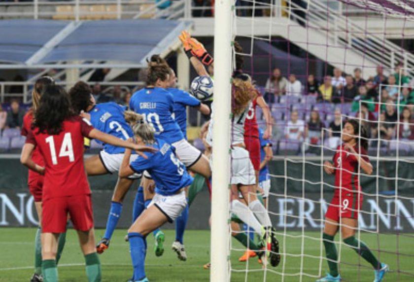 https://i0.wp.com/static.fanpage.it/wp-content/uploads/sites/9/2018/06/italia-portogallo-calcio-femminile.jpg?resize=840%2C572&ssl=1