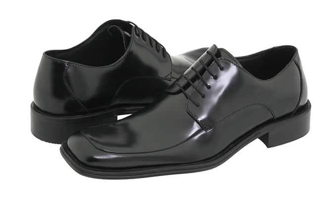 Chaussures à bout carré pour homme
