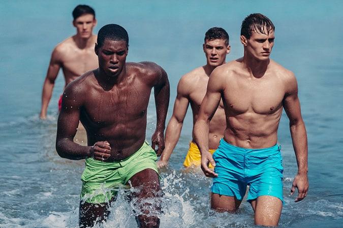 Tendances clés pour les maillots de bain pour hommes