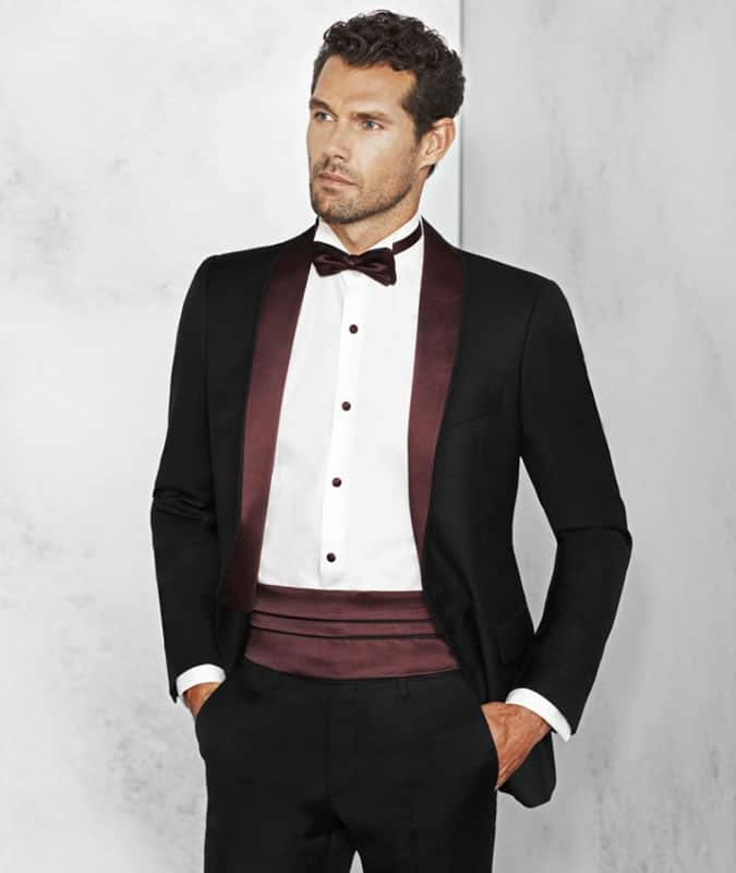 An alternative black tie outfit for men