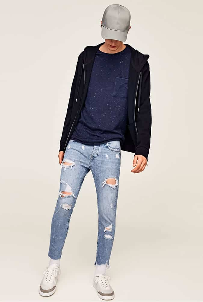 Idées de tenues de jeans déchirés