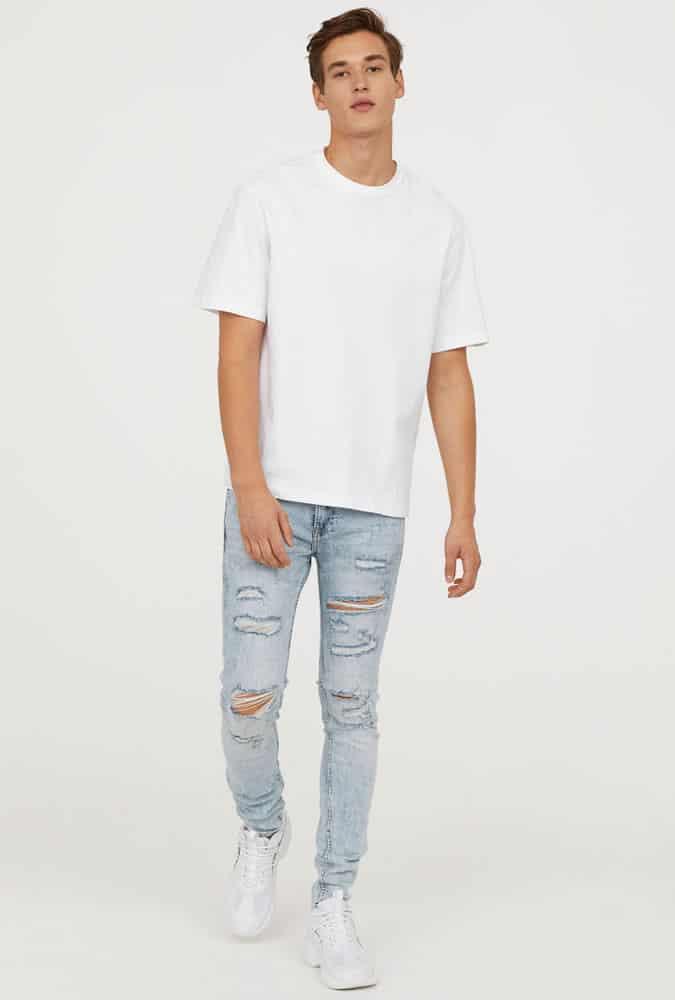Comment porter un jean déchiré