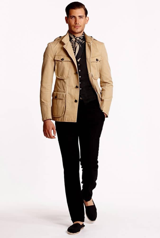 veste de safari portée de façon moderne par Ralph Lauren