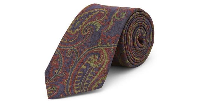 Cravate en soie flippée bleu marine