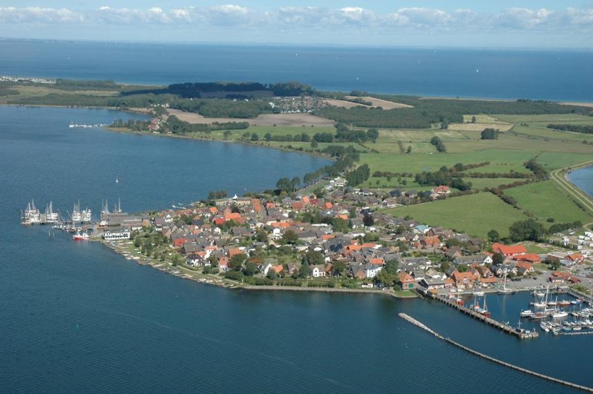 Dat grote Huus  Ferienwohnung in Maasholm mieten