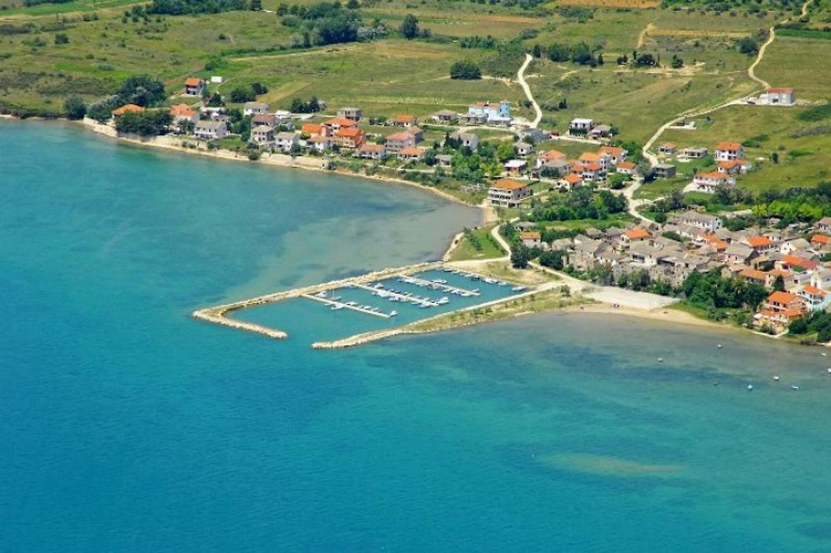 Wohnungs direkt am MeerSandstrand in Ljubac  Herr Milorad Perkovic