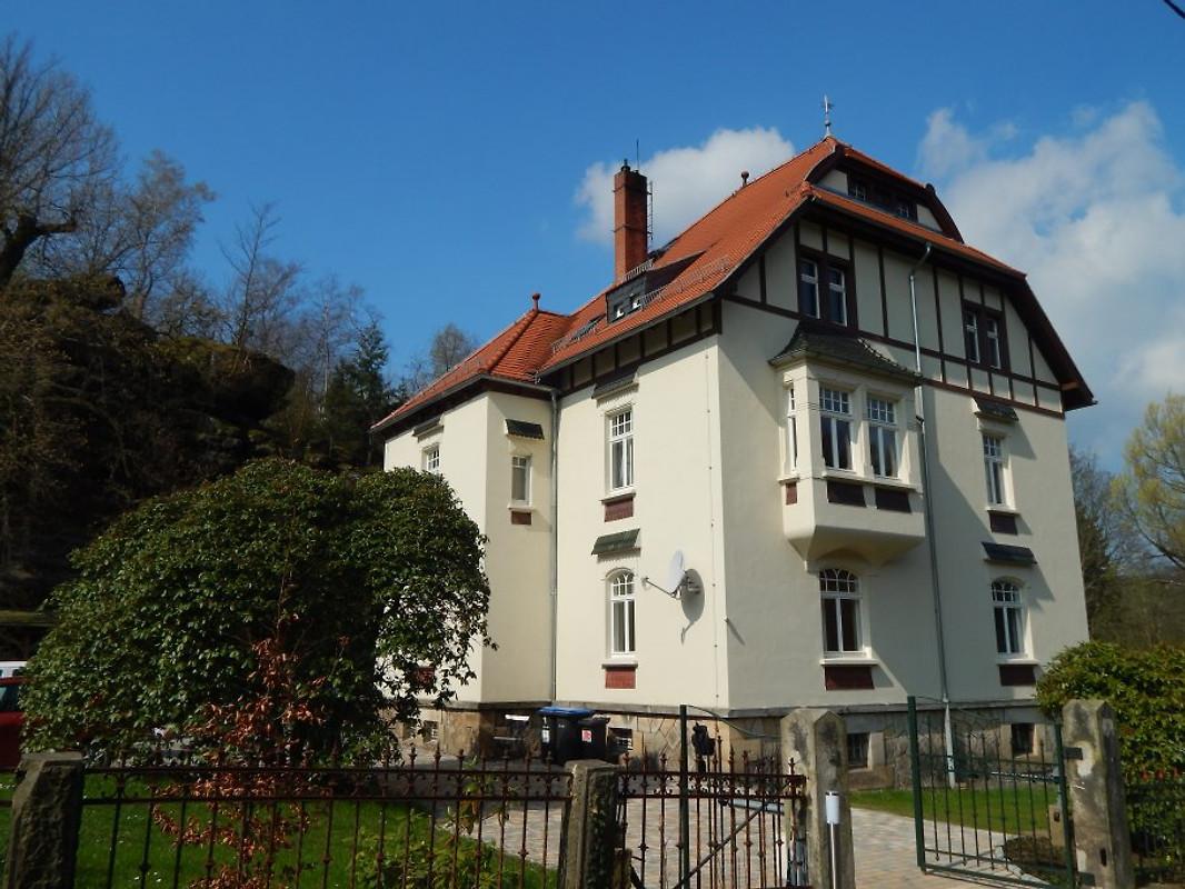 Jugendstilvilla Rosenthal in RosenthalBielatal  Herr T