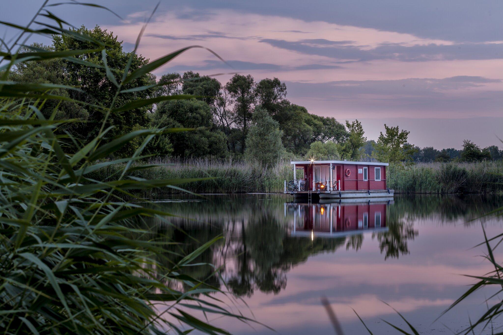 Bungalowboot in Brandenburg an der Havel Brandenburg Nicole Rudloff