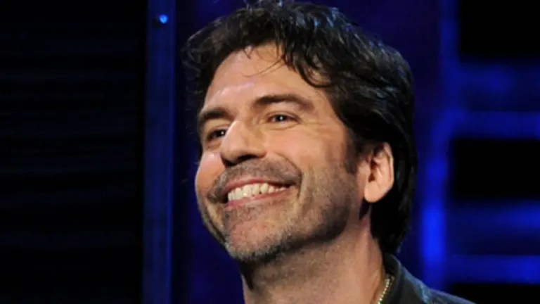 Comedian Greg Giraldo dies