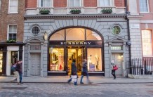 Burberry Group H1 FY21 revenue falls 31% to £878 mn