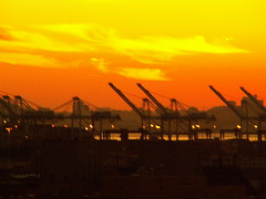 Port of Oakland, Sunset