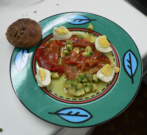 red peppers and avocado