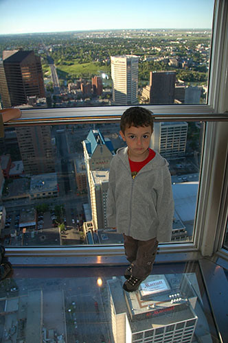 Calgary - Ohad on glass floor