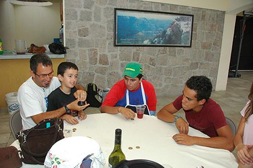 Acambaro - 19 Nadav and Eitan playing Cubilete