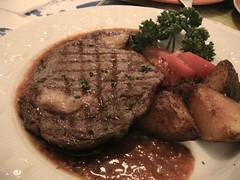 grilled sirloin steak- 百里香沙郎