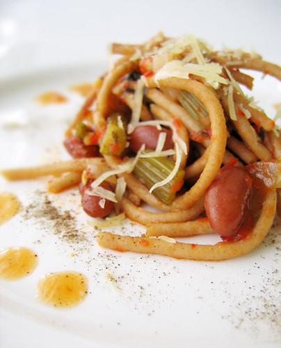 Spaghetti with Paprika Sauce