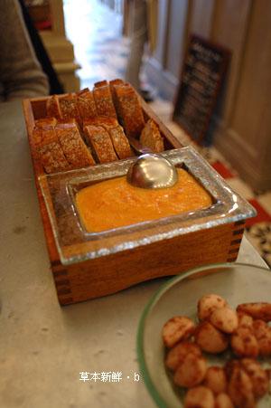 冷蕃茄醬汁&麵包
