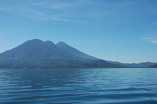 Lago Atitlan - 03 Volcans Toliman and Atitlan