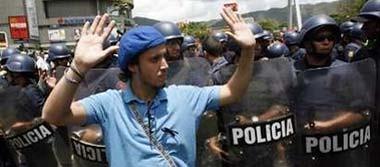 manifestación de estudiantes por el cierre de RCTV