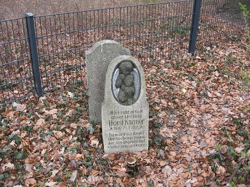 Stary cmentarz na Grabiszynku (III)