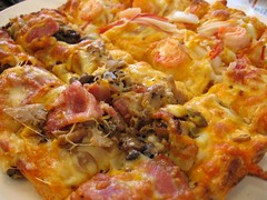 meat and seafood pizza