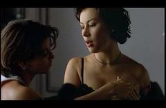 Bound: Violet seduces Corky