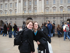 Lisa and Kim at Buckingham Palace