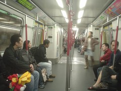 58.地鐵車廂內裝